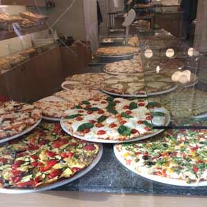 Pizza-in-Milan