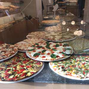 Pizza-in-Milan